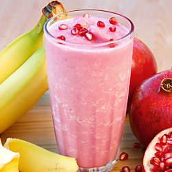 flat-belly-banana-pomegranate-milkshake