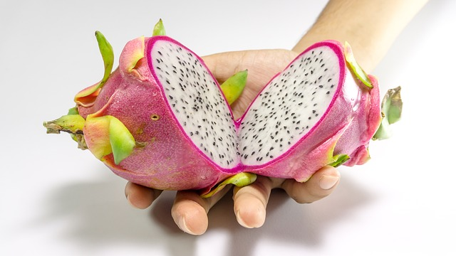 fat-burning-fruits-dragon-fruit