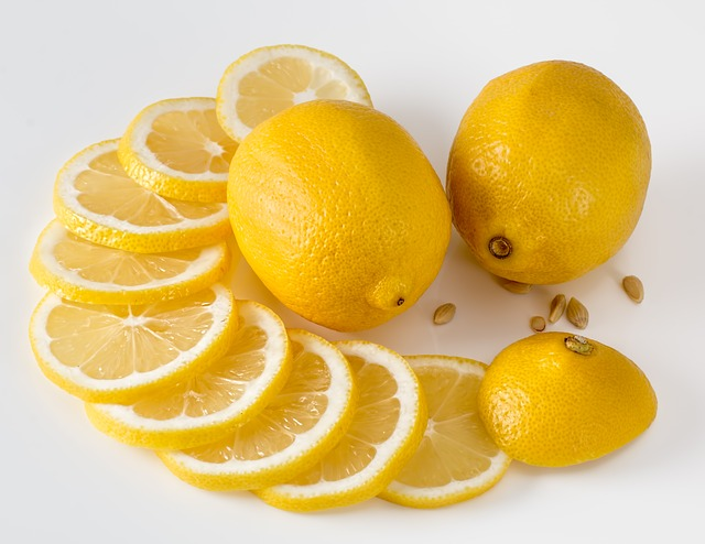 fat-burning-fruits-lemons