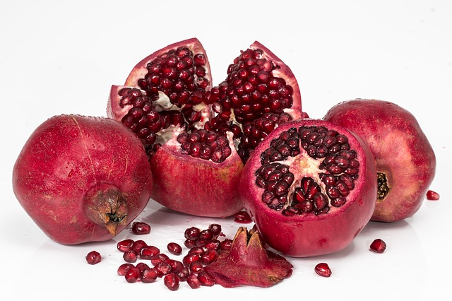 fat-burning-fruits-pomegranate