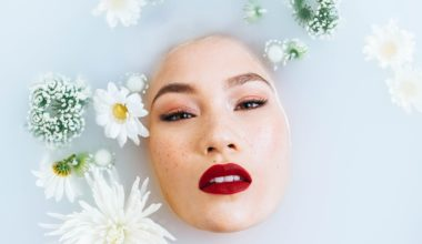 why-you-should-only-use-natural-skincare-products
