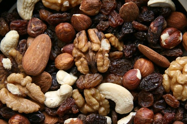 trail-mix-healthy-snack
